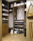 Что должно быть в гардеробной комнате и как ее лучше построить